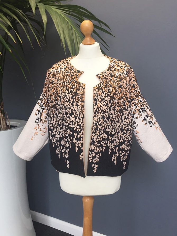 The Cropped Cocoon – a FREE pattern hack for the Cocoon Jacket